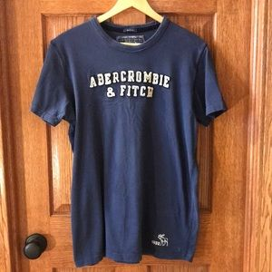 Abercrombie & Fitch Men's Muscle Tee - Size XL